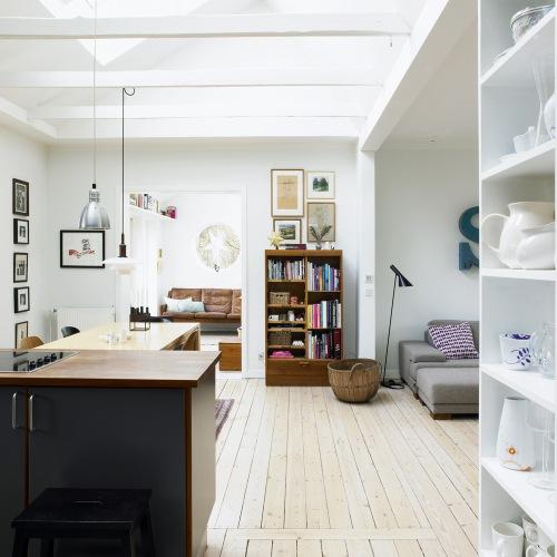 J Suss Kitchen Cabinets